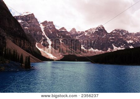 Morraine Lake In Alberta Canada