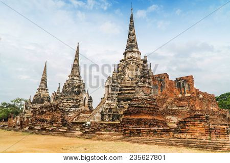 Ancient Temple In Ayutthaya - Wat Phra Sri Sanphet. The Temple Is On The Site Of The Old Royal Palac