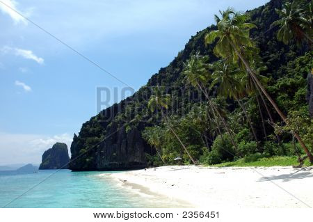 A Paradise Beach In Palawan Phillipines