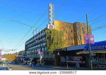 Vancouver - Nov 11, 2014: Sands Best Western Plus Hotel On Davie Street In Vancouver, British Columb