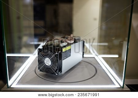 Cryptocurrency Mining Equipment - Asic - Application Specific Integrated Circuit On Farm Stand