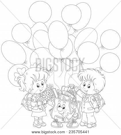Welcome Back To School. Smiling Schoolchildren With Flowers And A Funny Schoolbag With Balloons Wavi