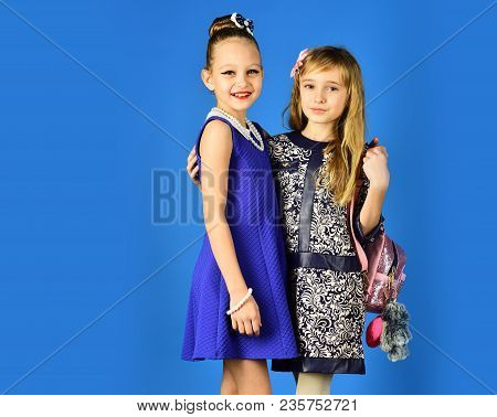 Family Fashion Model Sisters, Beauty. Friendship, Look, Hairdresser, Wedding. Fashion And Beauty, Li
