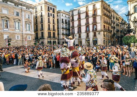 Barcelona, Spain - May 29, 2016: The Castellers De Barcelona Of The Corpus Christi Festival Stand In