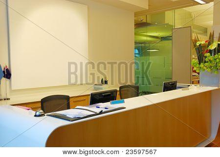 business receptionist