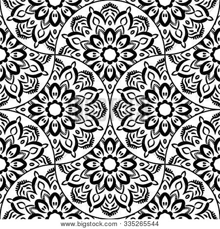 Abstract Mandala Fish Scale Seamless Pattern. Ornamental Tile, Mosaic Background. Floral Patchwork I