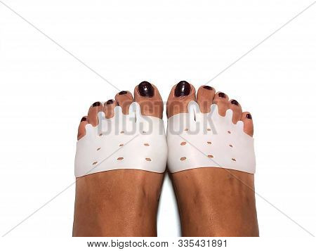 Toe Corrector Silicone Valgus Big Bunion Splint Straightener Foot. Silicone Support For Orthopedic.