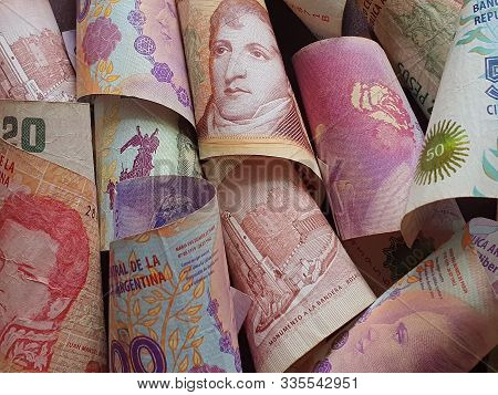 Approach To Argentine Banknotes Of Different Denominations Unorganized