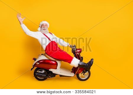 Full Length Photo Of Funny Santa White Hair Grandfather Rushing Newyear X-mas Theme Party By Bike Sa