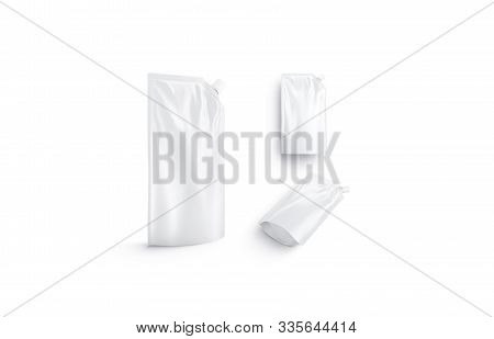Blank White Sauce Pouch Mock Up, Different Views, 3d Rendering. Empty Fast Food Sause Pack Mockup Is