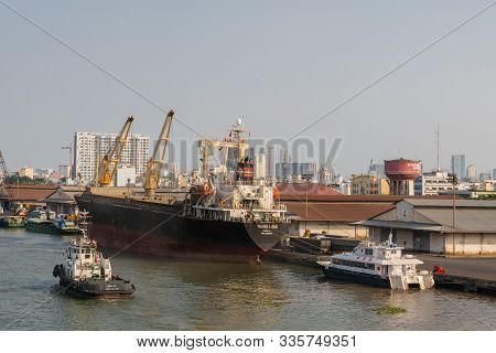 Ho Chi Minh City, Vietnam - March 13, 2019: Downtown Port On Song Sai Gon River At Sunset. Thang Lon