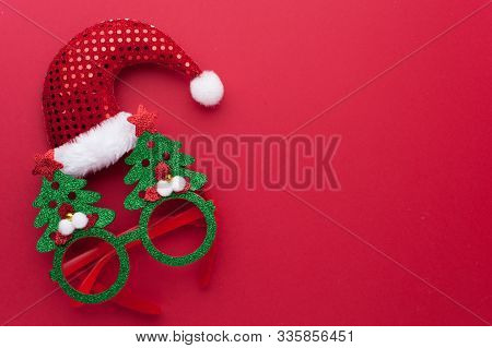 Merry Christmas Decoration Set: Funny Headband With Santa Claus Hat And Glasses With Green Christmas