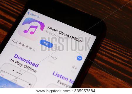 Los Angeles, California, Usa - 26 November 2019: Music Cloud Offline App Store Page Close Up On Desk