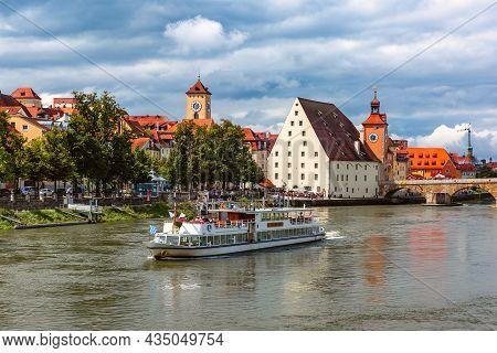 Regensburg Bridge Tower, Stone Bridge And Old Urban Salt Barn Salzstadel, View From The East, Easter