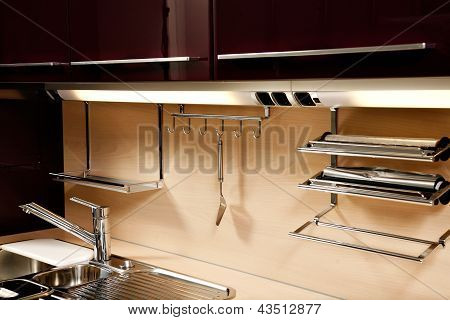 Elegant Kitchen Sink With Accessories