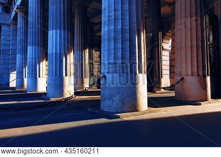 Columns Of Burgtor Gate In Vienna Austria . Doric Columns Of Vienna Old Town