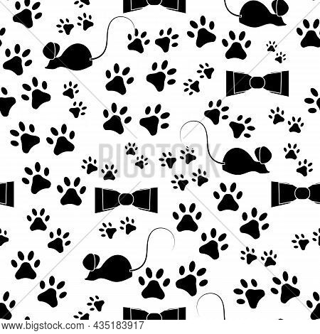 Black And White Cat Footprints.black And White Vector Pattern With Mice And Cat Footprints On A Tran