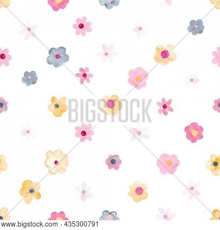 Watercolor seamless pattern with cute flowers. Perfect for fabric, textile, apparel. Cute seamless pattern. Great for nursery fabric, textile.
