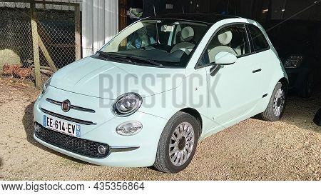 Bordeaux , Aquitaine  France - 09 05 2021 : Fiat 500 Vintage Modern Car In Street Side View