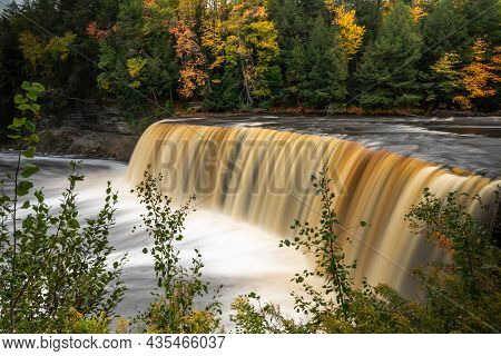Upper Tahquamenon Falls Closeup Waterfall Photo In Upper Michigan With Water Cascading Into The Rive