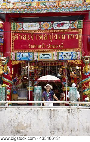 Asian Travelers Thai Women People Travel Visit And Respect Praying Angel Deity God Buddha In Chinese
