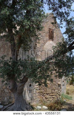 Church in Ayios Georgios.