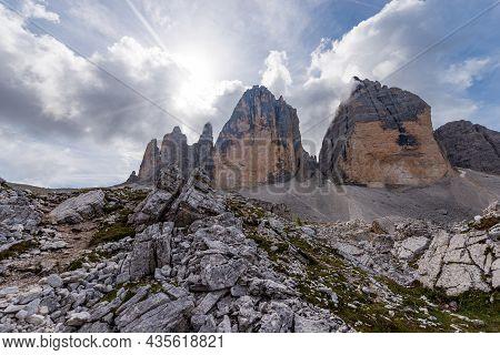 Drei Zinnen Or Tre Cime Di Lavaredo (three Peaks Of Lavaredo), North Face, The Famous Mountain Peaks