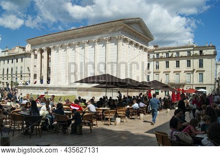 Nimes - France - April 24 2011 :maison Carree A Beautiful, Intact Ancient Roman Temple In The Heart