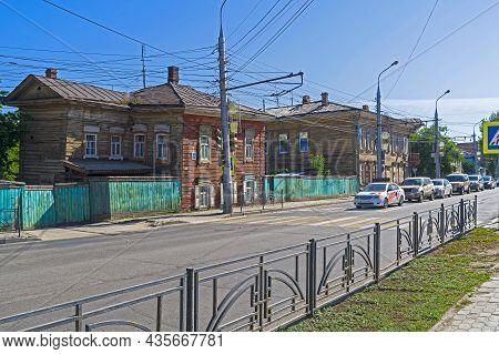 Irkutsk, Russia - August 28, 2021:  Old Wooden Houses In The Center Of Irkutsk. Street Of December E