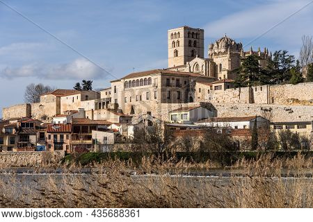 Zamora Romanesque Cathedral And Bell Towers Since Duero River. Spain