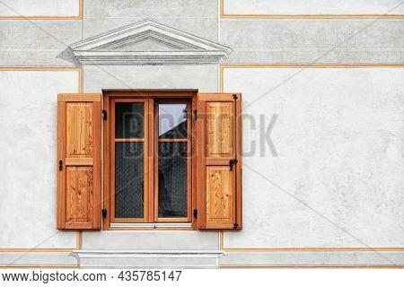 Architectural detail in Fiera di Primiero, Pale di San Martino, Trentino Alto-Adige, Italy, Europe
