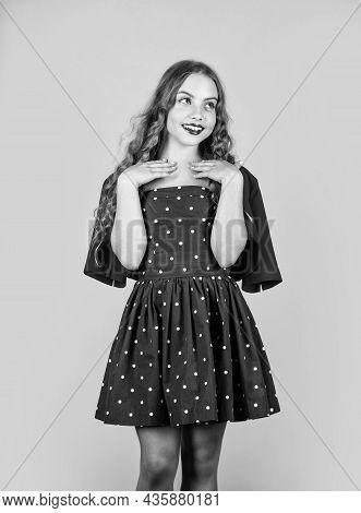 Vintage Inspirations Used In Current Design. Retro Kid. Rise Of Vintage Fashion. Little Girl Makeup