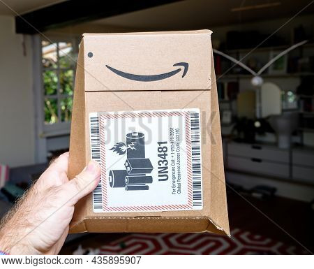 Paris, France - Sep 8, 2021: Living Room Background Package Of Amazon Prime Cardboard Package With U