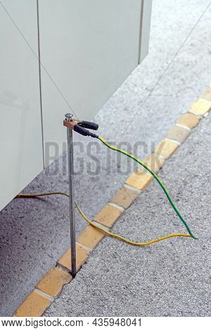 Ground Connection  Earth Electric Rod Rv Bus Safety