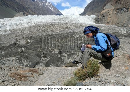 Rest In Front Of The Glaciar