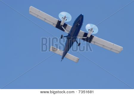 Small Twin Engine Airplane