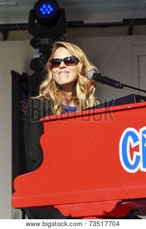 Jennifer Lynn Smiling