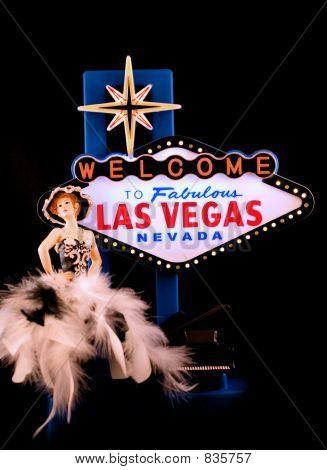 Feathers & Vegas