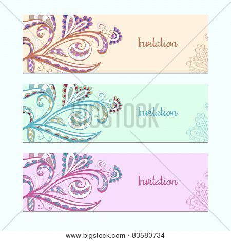 Set of invitation cards with floral ornament