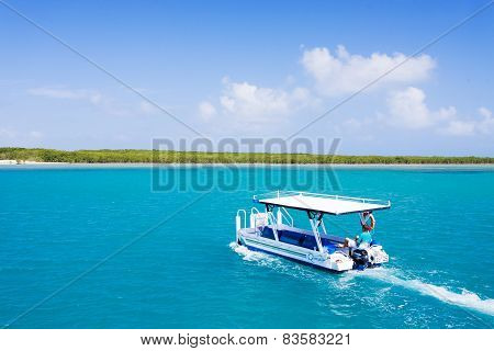 Commercial tourist vessel sailing in Great Barrier Reef, Australia