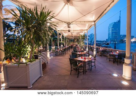 Restaurant, Hotel Peninsula, Bangkok