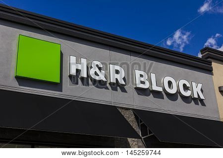 Muncie - Circa September 2016: H&R Block Retail Tax Preparation Location. Block Operates 12000 Locations II
