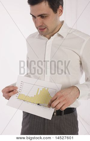 Business man showing the diagram