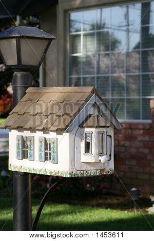 Little House Mailbox