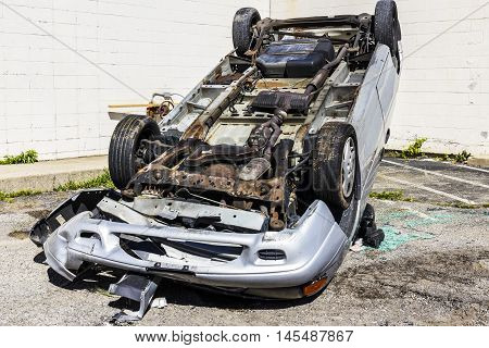 Indianapolis - Circa September 2016: Totaled SUV Automobile After Drunk Driving Accident II