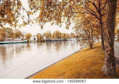 Park of the city,Aveiro,europa Portugal,the river of Aveiro.