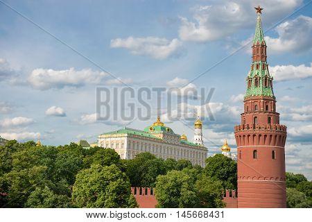 Kind to the Moscow Kremlin Grand Kremlin Palace and Vodovzvodnaya (Sviblova) Tower