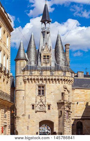 Porte Cailhau (XV-XVI c.) in Bordeaux France
