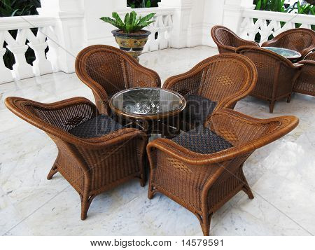 comfortable coffee table and chairs in the tropics