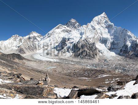 panoramic view of Mount Everest with beautiful sky and Khumbu Glacier - way to Everest base camp Khumbu valley Sagarmatha national park Nepal